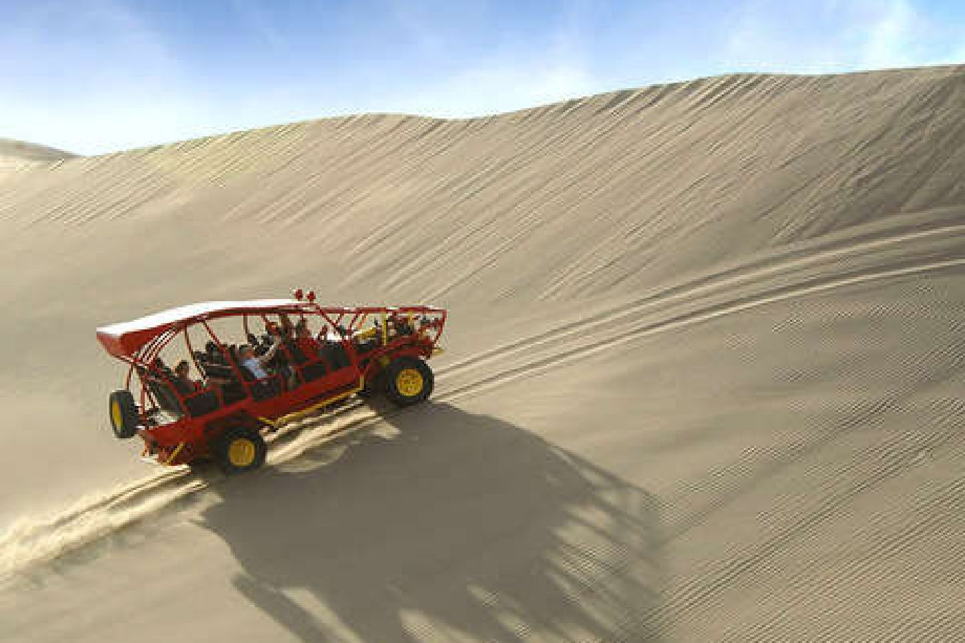 buggy tubular en Huacachina